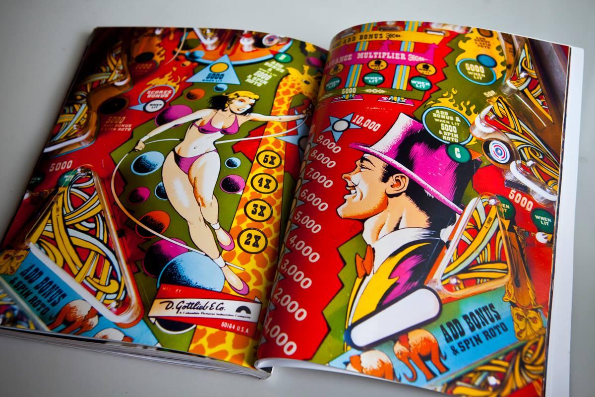 Pinball - Santiago Ciuffo - Circus spread