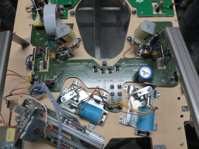 The PCB near the flippers with extra MOSFETs